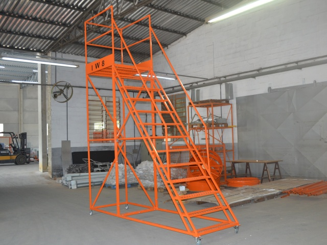 Escada Multiplataforma